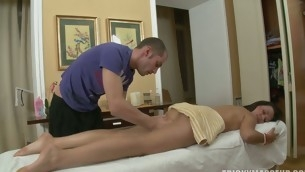 Massage goes mad as a ladies' slips his cock in a hot pussy
