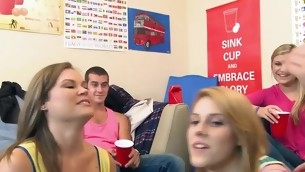 College slut sucks dick whilst her allies tape her